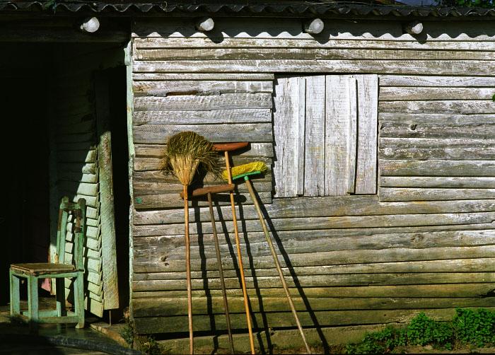 Brooms - Viñales, Cuba 2011
